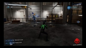 Spider-Man électrocute un ennemi