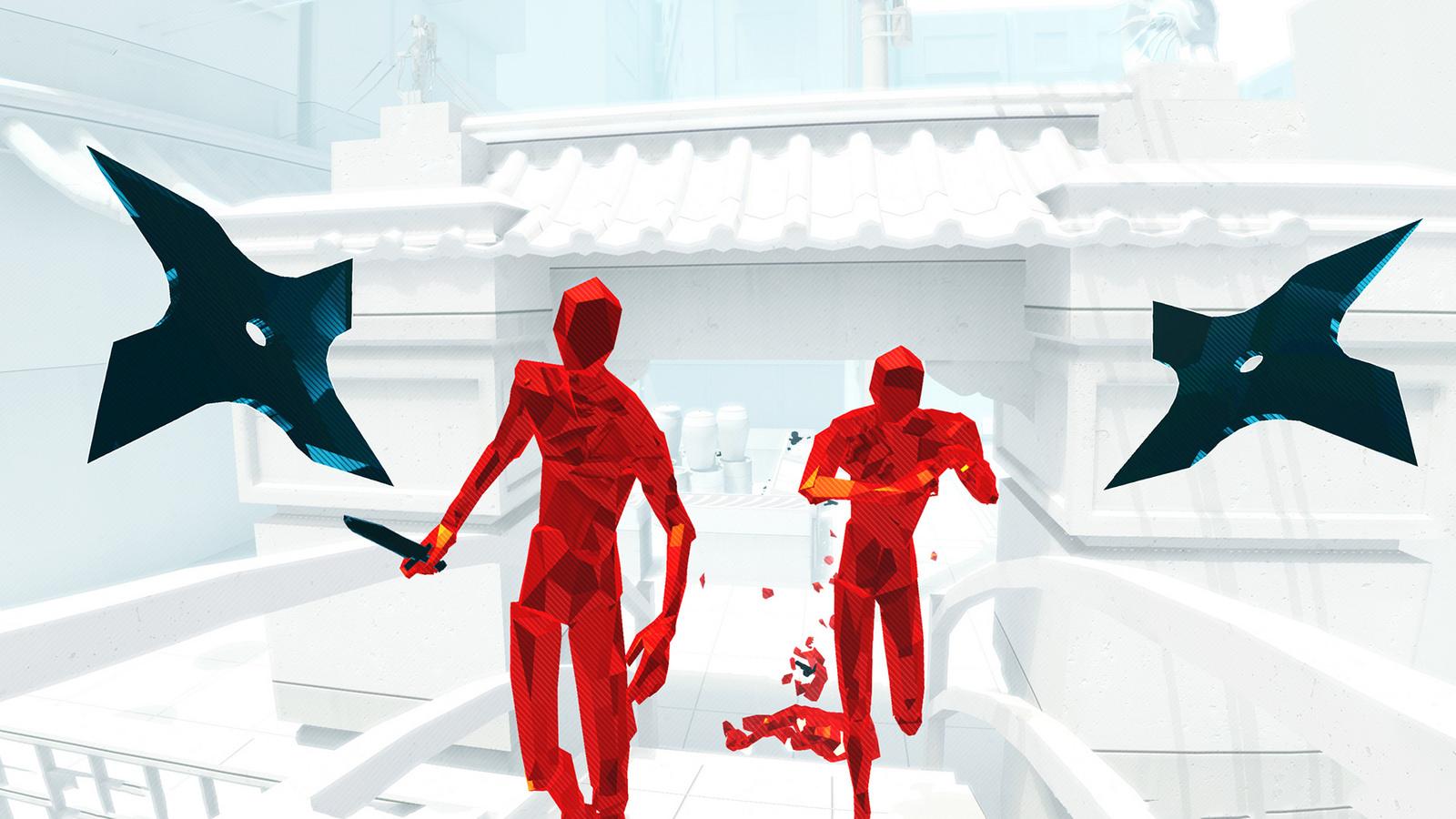 deux ennemis en rouge approchent du joueur, l'un est armé d'un couteau, il y a deux shurikens de part et d'autre du joueur