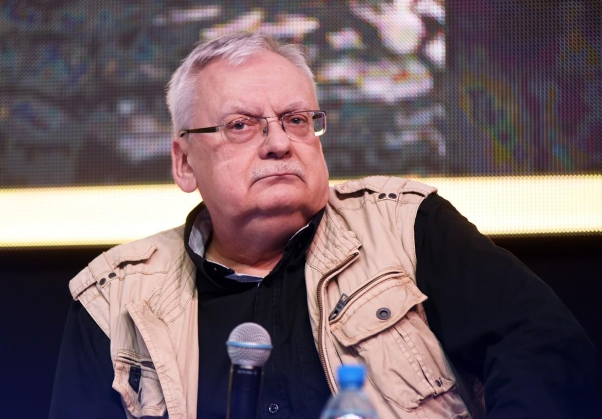 Andrzej Sapkowski à la comic con de Varsovie en 2018
