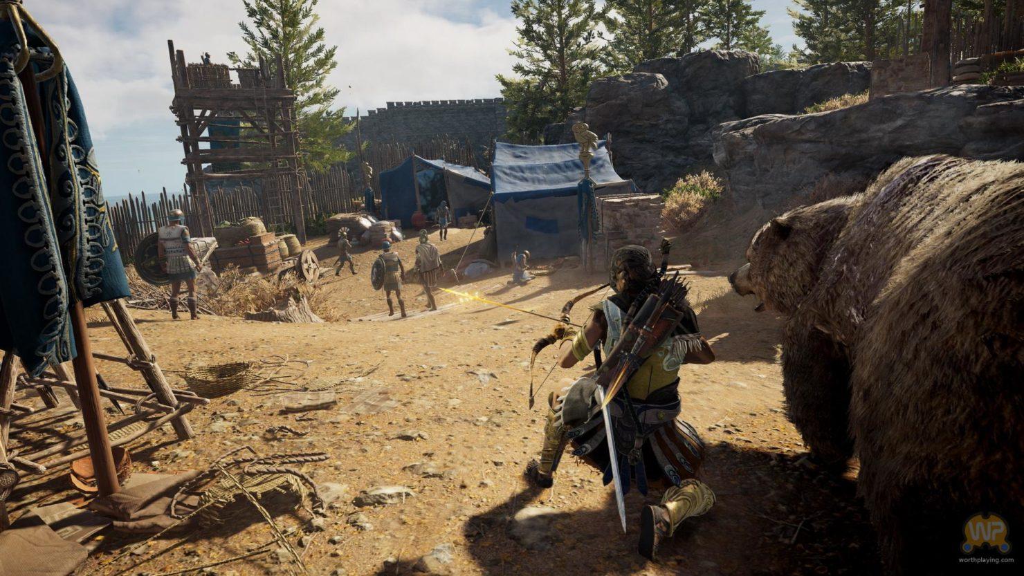 Assassin's Creed Odyssey assassin bandant son arc, accroupi à l'ombre d'un ours et devant plusieurs personnages au loin