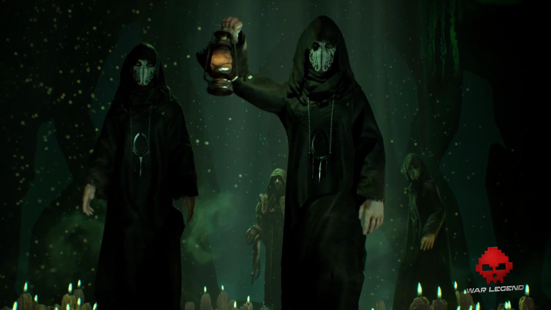 Des cultistes masqués qui marchent