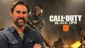 Dan Bunting devant le logo Black Ops 4 et un soldat
