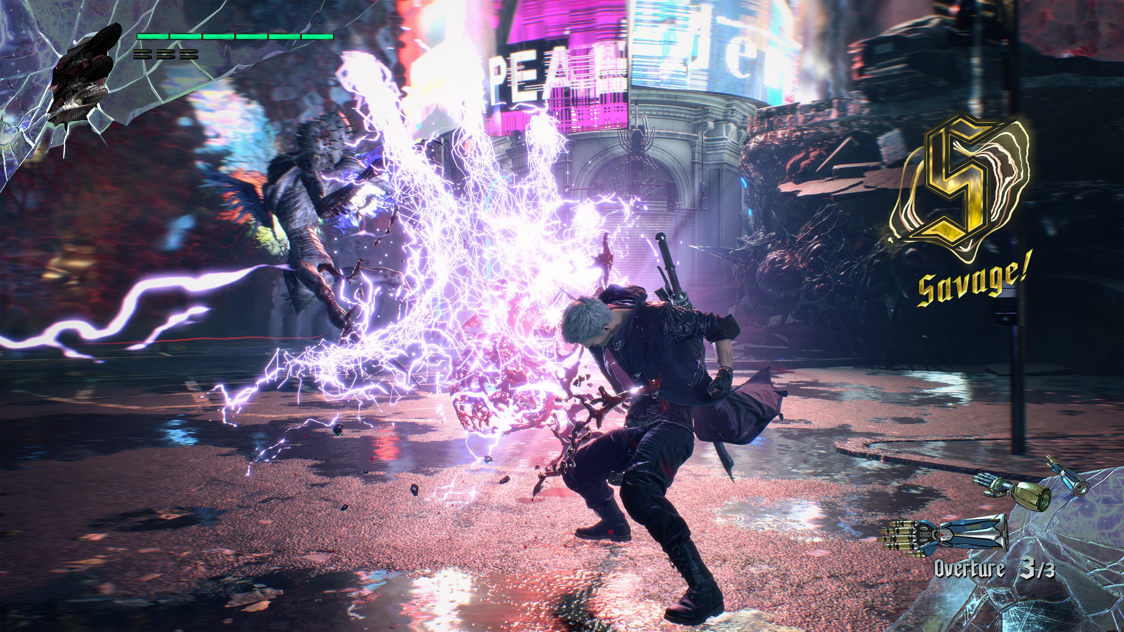 Nero génère un arc électrique vers des ennemis