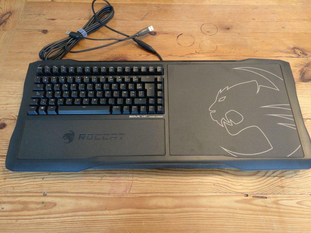 Test clavier Roccat Sova MK - Prêt à jouer depuis le canapé? photo clavier vue du dessus