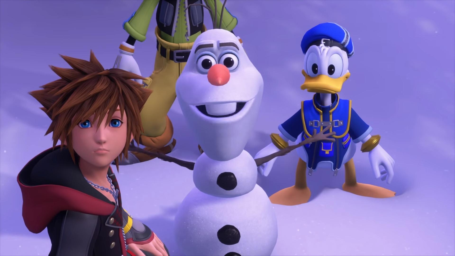 Sora, Donal et Dingo en compagnie d'Olaf (Reine des Neiges)