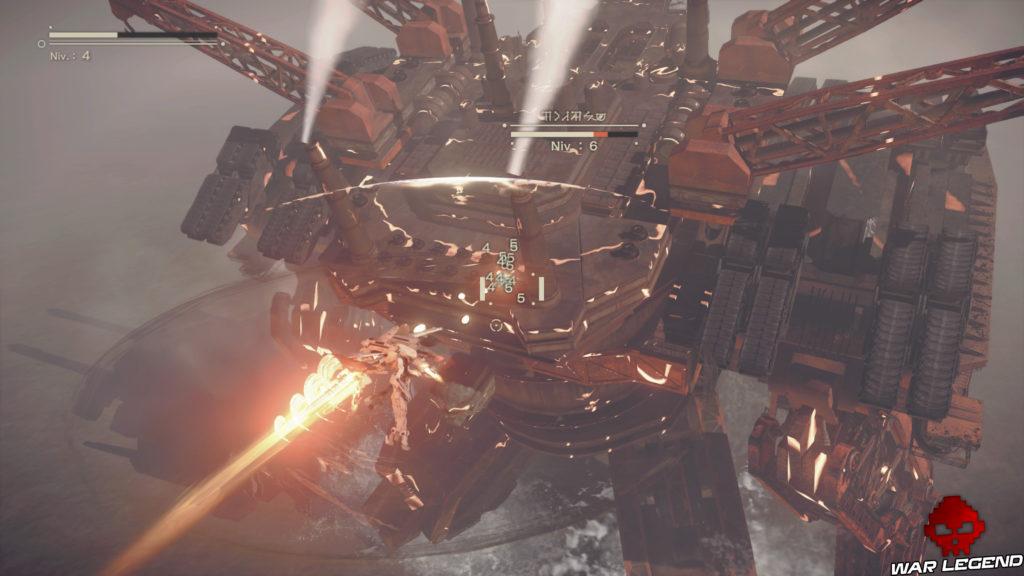 Aperçu NieR Automata 2HB en exosquelette face à un boss machine