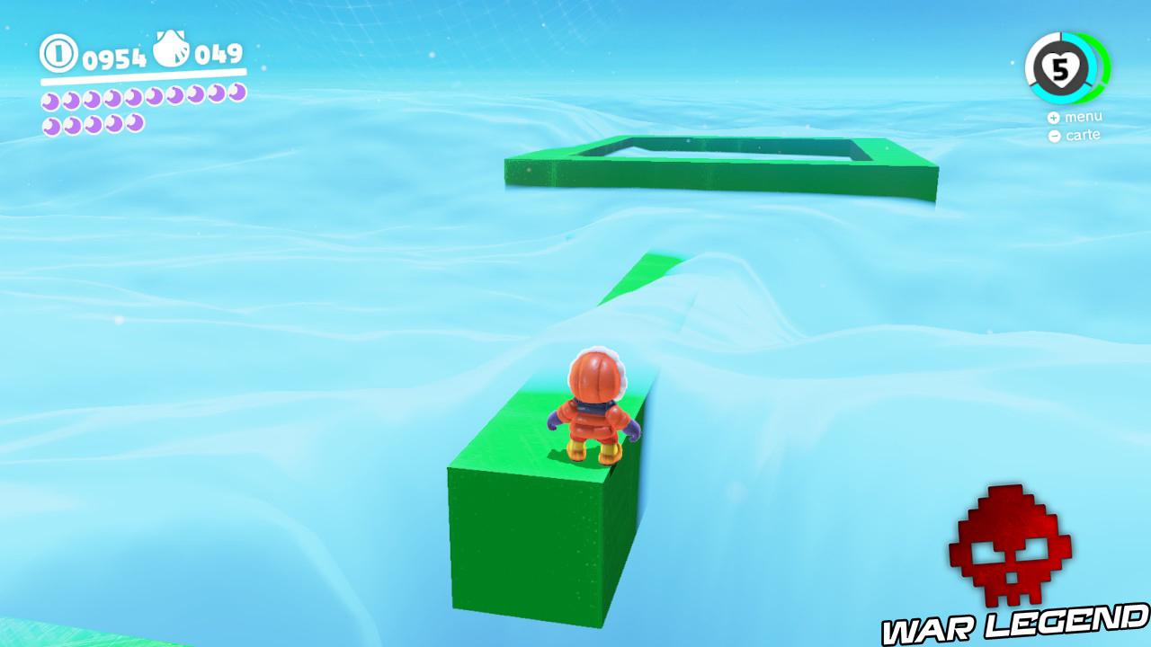 mario se tenant sur un élément vert perdu dans un voile nuageux
