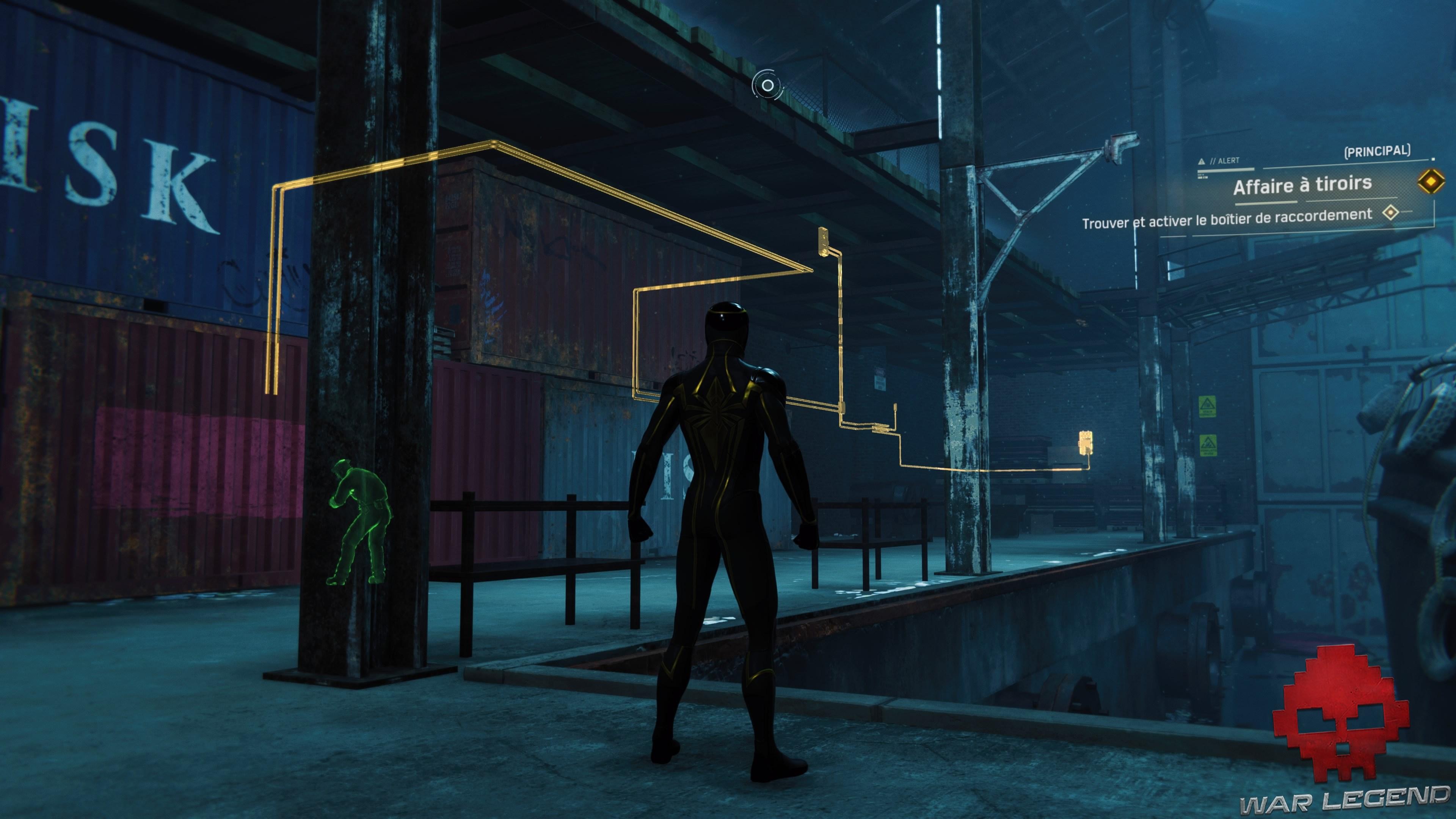 Spiderman suit le réseau électrique des commandes