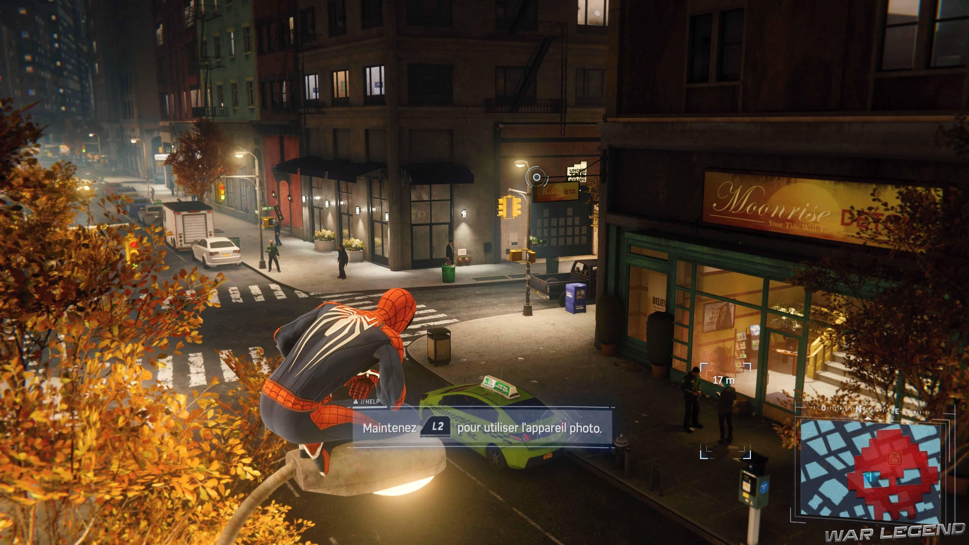 Spiderman prend une photo de la cible