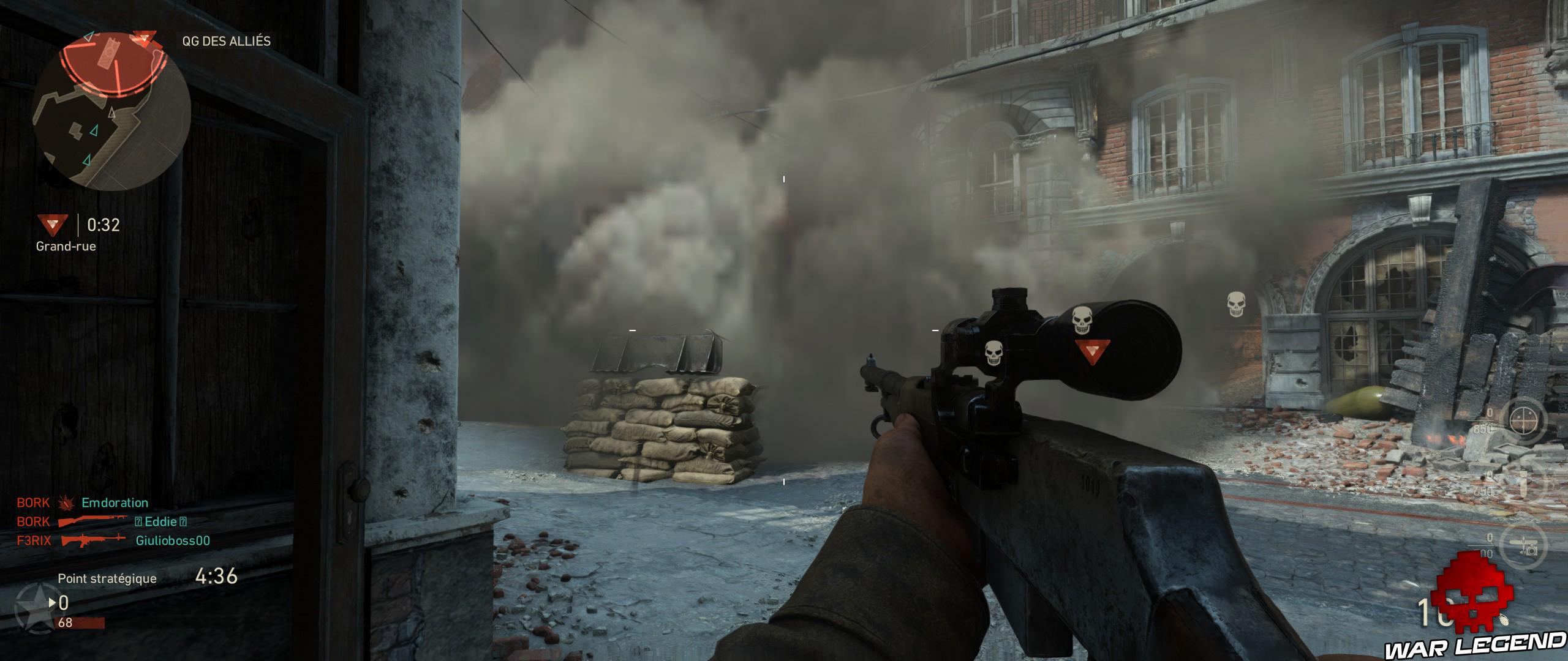 nuage de fumée, sniper au premier plan