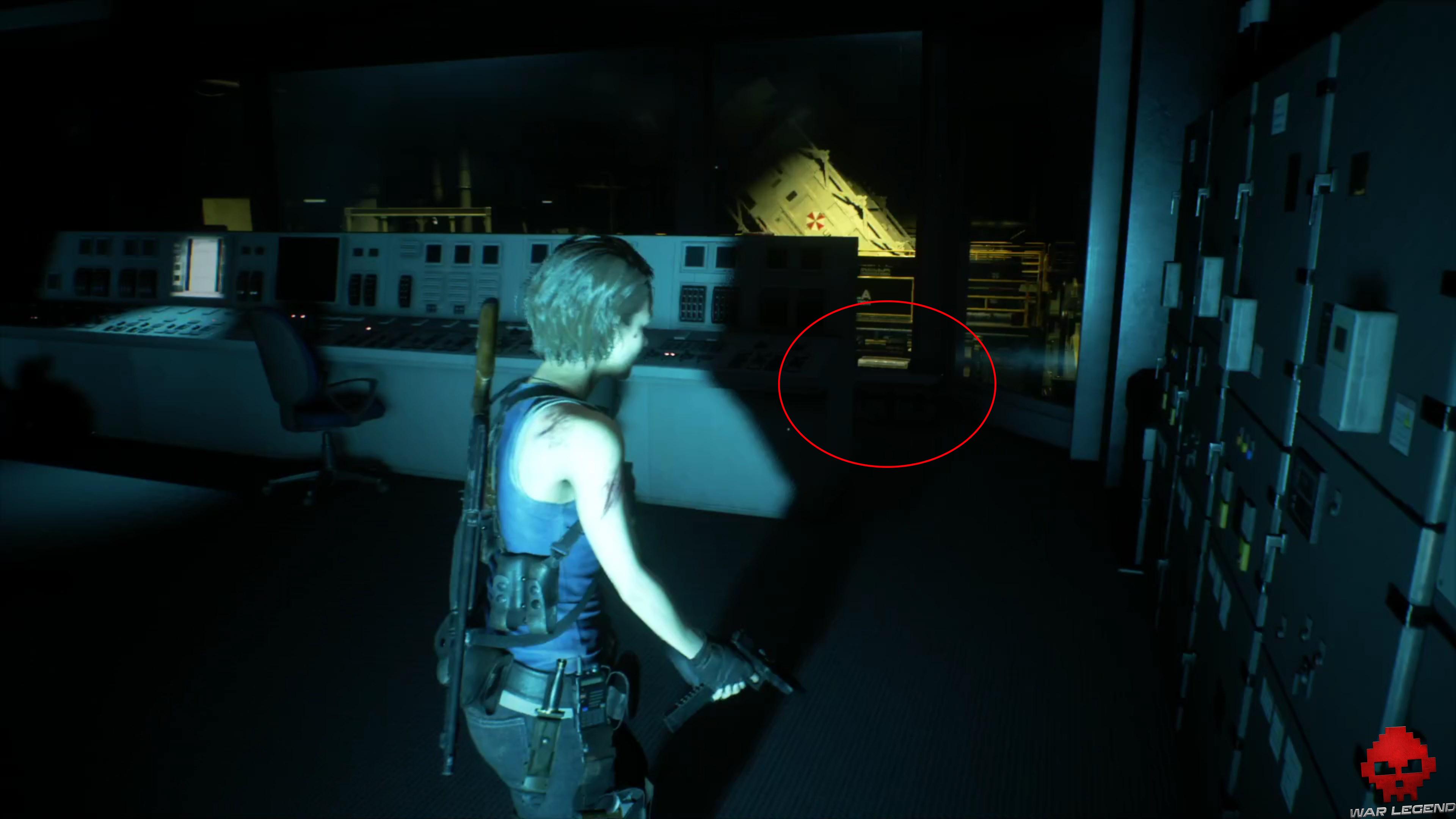 resident evil 3 - mallette derrière console