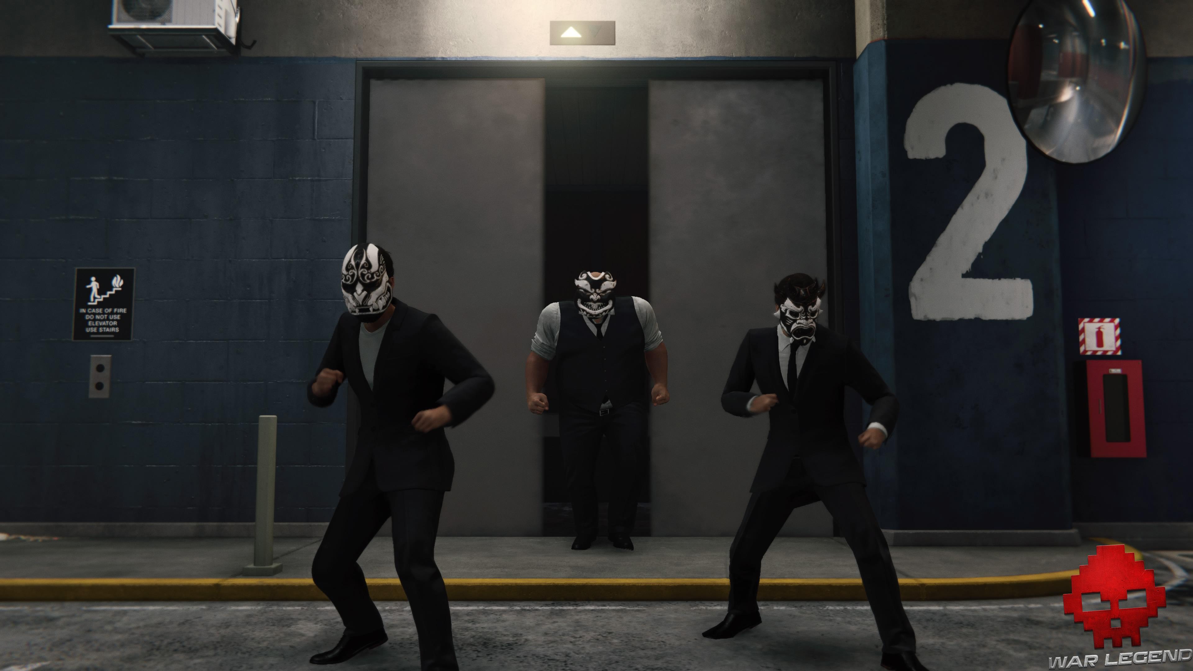 solution spider-man l'araignée et la gouttière trois Démons sortant d'un ascenseur
