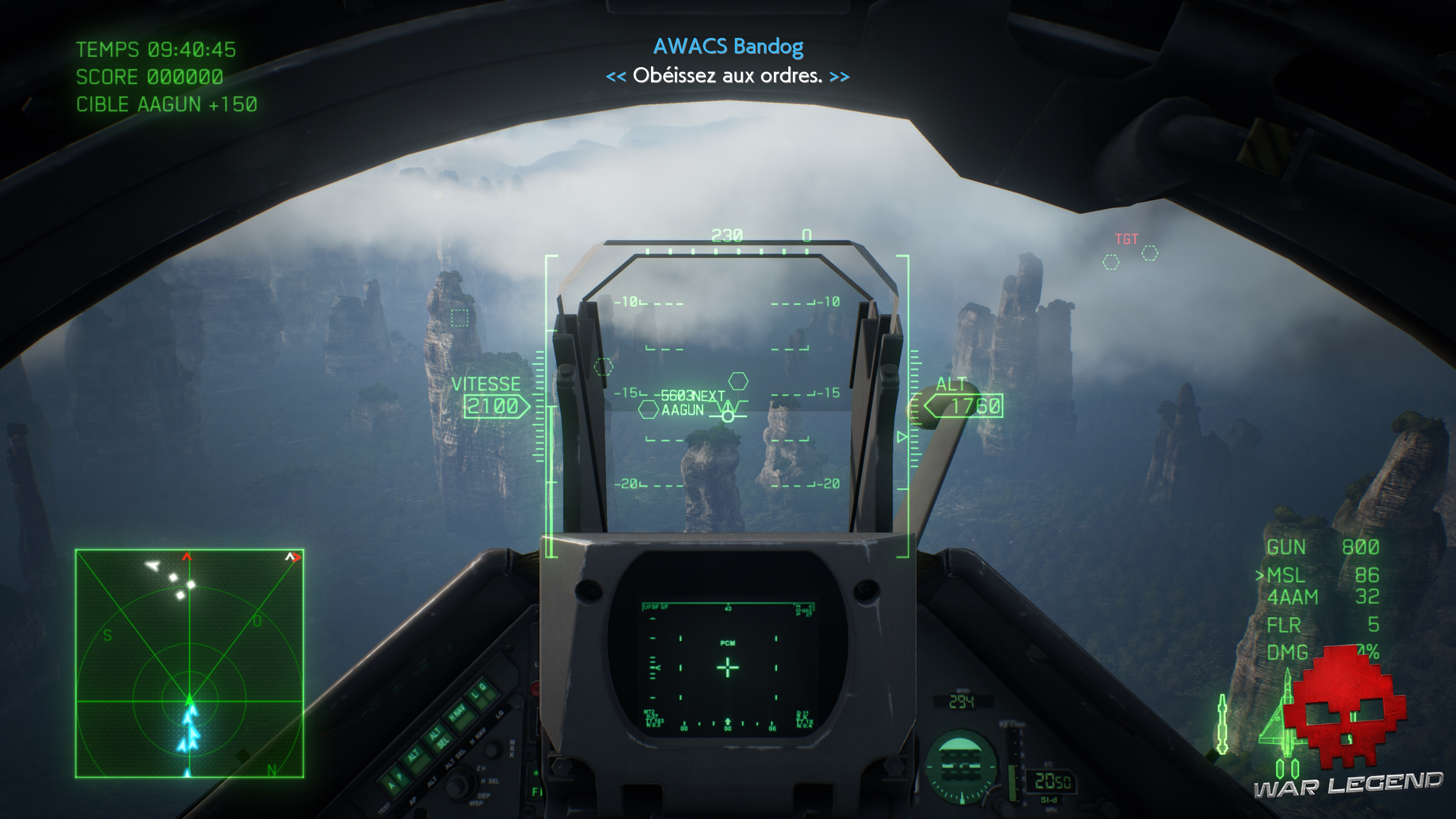 Test Ace Combat 7: Skies Unknown - Un canyon de grands rochers verticaux