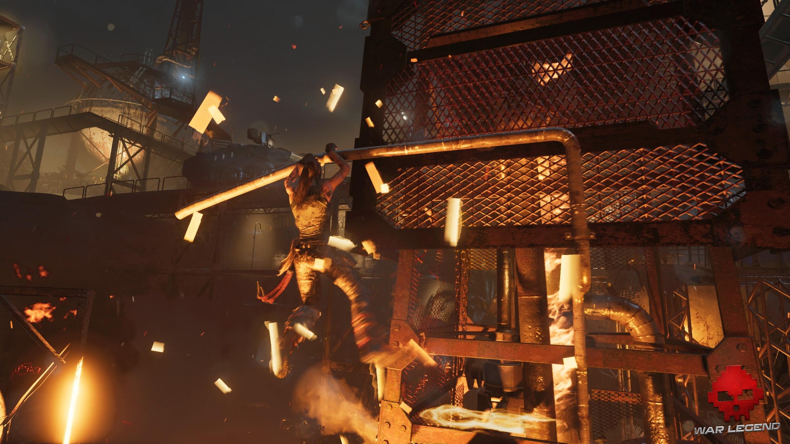 Lara Croft dans un passage explosif